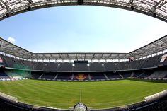 Was für ein schönes Stadion! Salzburg, Red Bull, Nice Asses
