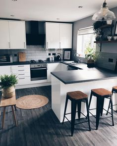 """For a small kitchen """"spacious"""" it is above all a kitchen layout I or U kitchen layout according to the configuration of the space. Home Decor Kitchen, Kitchen Design Small, Kitchen Remodel Small, Home Decor, House Interior, Home Kitchens, Kitchen Layout, Modern Kitchen Design, Kitchen Design"""