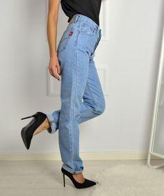 Γυναικείο τζιν ψηλόμεσο σε ίσια γραμμή EAGLE  γυναικείατζιν  παντελόνια   μόδα  γυναίκα   d663fa4404d