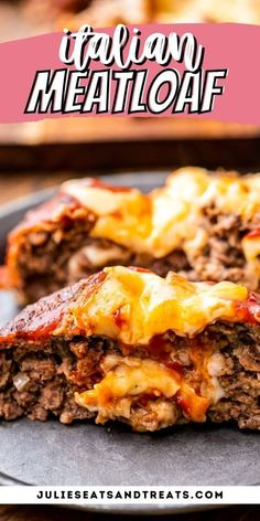 Stuffed Italian Meatloaf is filled with Mozzarella and seasoned with Italian seasonings, then baked and topped with tomato sauce and more cheese! An easy delicious meatloaf recipe that's perfect for dinner. Easy Delicious Meatloaf Recipe, Meatloaf Recipe With Cheese, Cheese Stuffed Meatloaf, Most Delicious Recipe, Meatloaf Recipes, Delicious Food, Tasty, Entree Recipes, Meat Recipes