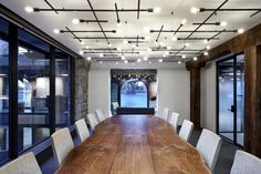Image 15 of 19 from gallery of West Elm Corporate Headquarters / VM Architecture & Design. Photograph by West Elm Corporate Office Design, Corporate Interiors, Office Interiors, Workplace Design, Family Office, Interior Work, Office Interior Design, Office Designs, Commercial Design