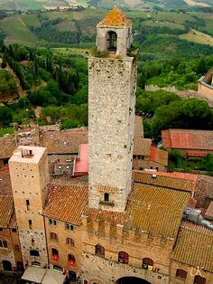 Torre Grossa - UNESCO WHS in San Gimignano | Italy  (by sights&culture | via ♕ysvoice) Siena Tuscany
