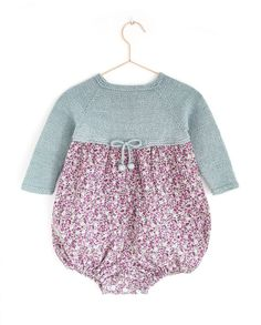 How to make a baby knitted combo and cloth baby DIY - Tutorial and Pattern Knitting For Kids, Baby Knitting Patterns, Baby Girl Dresses, Baby Dress, Fall Outfits, Kids Outfits, Hippie Baby, Eco Clothing, Baby Kind