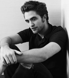 Robert Pattinson - sexy in a James Dean kind of way