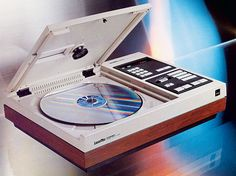 Pioneer VP-1000 LaserDisc Player - CES laserdisc 1974. It had promise but mostly sputtered until DVD's came on the scene in 1997 and became the fastest adopted technology at the time. LaserDisk had digital sound but only analog video.