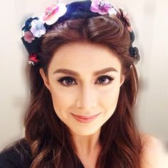Carla Abellana the half of TomCar Lovi Poe, Filipina Beauty, Jennifer Lawrence, Girl Crushes, My Girl, Skincare, Make Up, Portraits, Celebs