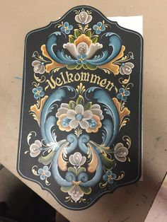 Rosemaling Pattern, Norwegian Style, Norwegian Rosemaling, Scandinavian Folk Art, Pintura Country, Fashion Painting, Acanthus, Tole Painting, Decoration