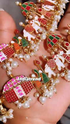 Antique Jewellery Designs, Fancy Jewellery, Gold Jewellery Design, Nose Ring Jewelry, Pink Jewelry, Indian Jewelry Sets, Indian Wedding Jewelry, Payal Designs Silver, Marriage Jewellery