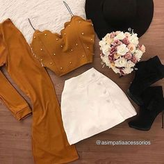 No photo description available. Cute Fall Outfits, Teen Fashion Outfits, Girly Outfits, Classy Outfits, Cute Fashion, Outfits For Teens, Pretty Outfits, Stylish Outfits, Summer Outfits