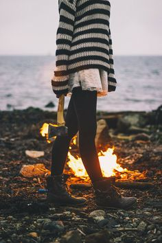 Dark Tights - Skirt - Oversized black and white striped sweater - Boots - Winter fashion