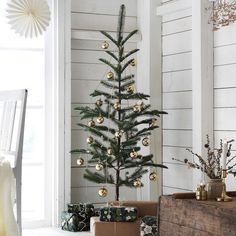 100 Indoor Minimalist Christmas Decorations » Lady Decluttered Ikea Christmas Tree, Artificial Christmas Tree Stand, Scandinavian Christmas Trees, Modern Christmas Decor, Alternative Christmas Tree, Outdoor Christmas Decorations, Artificial Tree, Christmas Tree Simple, Themed Christmas Trees