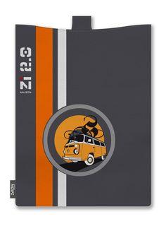 La Kombi, la furgoneta de los 60 símbolo de la libertad... Un aire retro para la tablet. www.ziron.es Office Supplies, Notebook, Retro, Van, Retro Illustration, The Notebook, Exercise Book, Notebooks