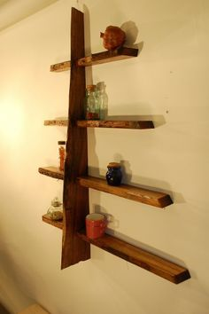 Interesting and attractive idea for decorative bookshelf.