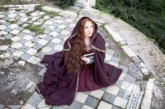 DISCOUNTED PRICE Medieval Wool Hooded Cloak Sansa by armstreet