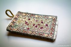 Embroidered wallet - AFRIKRAAFT
