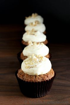 Carrot Cupcakes with Lemon Cream Cheese Icing | Vanilla And Bean #food #yummy #delicious