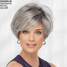 66 Chic Short Bob Hairstyles & Haircuts for Women in 2019 - Hairstyles Trends Bobs For Thin Hair, Short Hair With Layers, Short Hair Cuts For Women, Layered Hair, Wavy Bobs, Choppy Bob Hairstyles, Short Bob Haircuts, Stacked Bob Hairstyles, Short Grey Hair