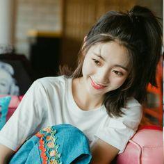 Female Actresses, Actors & Actresses, Korean Beauty Girls, Girl Artist, Korean People, China Girl, Chinese Actress, Asian Actors, Cute Couples