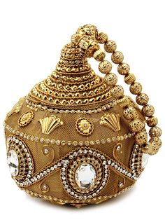 Captivating golden color potli manufactured with brass metal studded with sparkling crystal and diamantes. Item Code: SJBP2004B http://www.bharatplaza.com/new-arrivals/accessories.html