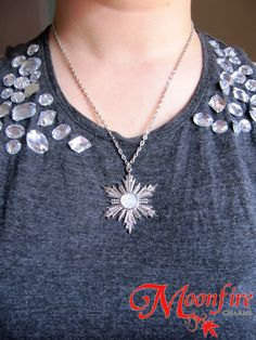 """Family never gives up on each other."" - Anna, Once Upon A Time In Once Upon A Time, Elsa gives this beautiful snowflake necklace to Anna as a wedding gift. When the Spell of Shattered Sight is cast o"