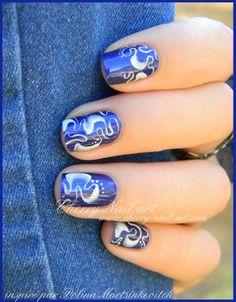 Nail art one stroke abstract monochrome nails short inspiration Polina Martsinkevitch