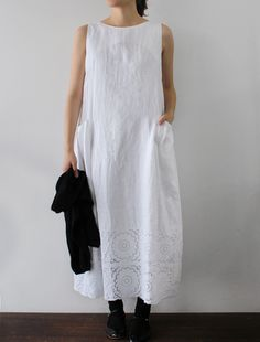 [Envelope Online Shop] Donna Lisette dress.  First it needs sleeves. But, I love the embroidery or lace at the bottom.  Not too frue frue. Just the right detail.