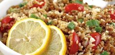 Lentils & Bulgar Salad - adding some grains ups the nutrition ante! Clean Eating Recipes, Healthy Eating, Healthy Recipes, Yummy Recipes, Recipies, Turkish Salad, Easy Family Meals, Couscous, Lentils