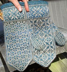 Ravelry: Quaternity pattern by Rose Hiver