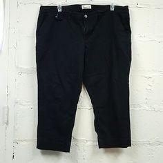 Capris - Old Navy - Size 20 Black stretch twill capris Old Navy Pants Capris