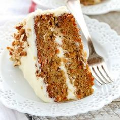 The BEST Carrot Cake Recipe: This is my favorite recipe for homemade carrot cake! This cake is so easy to make, perfectly moist, and topped with an easy homemade cream cheese frosting. Jamaican Carrot Cake Recipe, Homemade Carrot Cake, Best Carrot Cake, Homemade Cake Recipes, Carrot Cakes, Pumpkin Recipes, Pear And Almond Cake, Almond Cakes, Cake With Cream Cheese