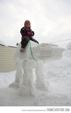 Instead of making a snowman, how about make a Star Wars snow sculpture instead? Enjoy this geeky collection of Star Wars favorites created in the snow. At-at Walker, Snow Walker, Starwars, Totoro, Dark Vader, Imperial Walker, Snow Sculptures, Sculpture Art, Snow Art