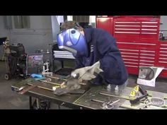 Exclusive sought metal welding tips Get results now Mig Welding Tips, Welding Jobs, Welding Process, Diy Welding, Metal Welding, Welding Cart, Welding Ideas, Welding Table, Welding For Beginners