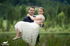 Hochzeit Lisa Alm Flachau – Lisa & Rob - Foto Sulzer Blog Lisa, Wedding, Fashion, Pictures, Engagement, Pretty Pictures, Simple, Nice Asses, Valentines Day Weddings