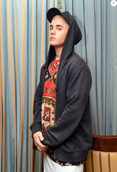 Exclusive - Canadian singer Justin Bieber poses during a press event at the Ritz Carlton Hotel in Berlin, Germany, 15 September 2015. The 21-year-old released his new single 'What Do You Mean' and does a tour to promote it. Photo by jens Kalaene/DPA/ABACAPRESS.COM15/09/2015 - Berlin