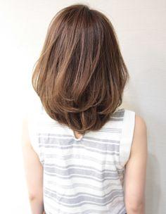 大人ミディアムボブ(SG-213) | ヘアカタログ・髪型・ヘアスタイル|AFLOAT(アフロート)表参道・銀座・名古屋の美容室・美容院 Medium Hair Cuts, Short Hair Cuts, Medium Hair Styles, Short Hair Styles, Haircuts Straight Hair, Ash Hair, Mid Length Hair, Hair Scalp, Dream Hair