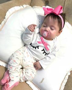 Cute Little Girl Dresses, Cute Baby Girl, Baby Love, Cute Babies, Baby Kids, Cute Baby Pictures, Baby Photos, Beautiful Babies, Beautiful Children