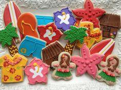 beach lua cakes | Hawaiian Luau Sugar Cookie Collection via Etsy | Beach and Sea Cakes