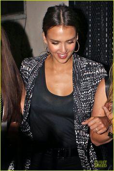 Jessica Alba enjoying a night with some friends at Warwick nightclub in Hollywood