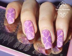 Elegant Pink & Violet Leaf Stamping Nails: http://modnania.blogspot.com/2015/01/wzor-z-pytki-bp-l007-w-rozowo.html