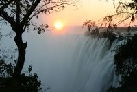 victoria falls, zimbabwe. such a stunning place and paradox between stillness and raging waters. i must go!