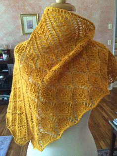 Ravelry: Riva del Mare pattern by Joan Forgione. This delicate, little triangular shawl is offered in 3 sizes. Directions are both written and charted. The smallest size can be made with as little as 120 yards of DK weight yarn.  Through June 30, 2015, put any 3 Paper Moon Knit patterns in your cart and get 1 for free.