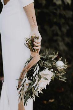 Pretty and earthy bridal bouquet | image by Matt Lien