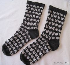 K(n)itty Cat Socks - George Bernard Chat by Arenda Holladay