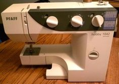 My adventure with vintage sewing machines: buying, refurbishing, and selling. Oh, and sewing, of course.