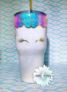 Increíble Unicorn Tumbler - Unicorn Face - Unicorn Glitter Tumbler - Unicorn Cup - Glitter Dipped Tumbler - Stand out from the crowd with a beautifu. Glitter Face, Unicorn And Glitter, Real Unicorn, Unicorn Face, Glitter Cups, Unicorn Gifts, Magical Unicorn, Cute Unicorn, Beautiful Unicorn
