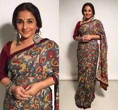 Vidya Balan is the best saree trend setter for plus size body types, style inspiration for plus size women. See top 40 Vidya Balan Saree Styles Kalamkari Dresses, Kalamkari Saree, Indian Attire, Indian Outfits, Pakistani Outfits, Indian Clothes, Kalamkari Designs, Saree Jackets, Formal Saree