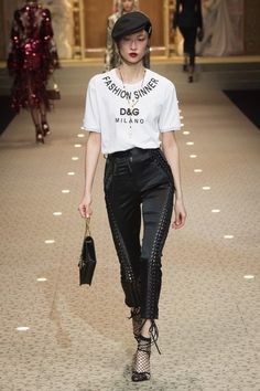 View the full Fall 2018 collection from Dolce & Gabbana.