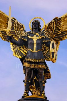 Archangel Michael sculpture over blue sky. Don't mess with Michael! Angels Among Us, Angels And Demons, I Believe In Angels, Saint Michel, Angel Statues, Archangel Michael, Angels In Heaven, Guardian Angels, Angel Art