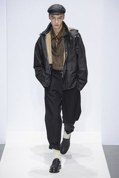 Margaret Howell Fall 2019 Ready-to-Wear Fashion Show - Vogue Margaret Howell, Daily Fashion, Men's Fashion, Winter Fashion, Fashion Design, London Fashion Weeks, Vogue, Gq, Best Street Style