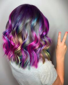 In the modern year of 2019 every stylish girls and superior ladies want to Cute Hair Colors, Beautiful Hair Color, Brown Hair Colors, Cool Hair Color, Purple Hair, Medium Short Hair, Medium Hair Styles, Long Hair Styles, Sandy Brown Hair